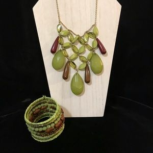 Jewelry - Green Crystal, Resin and Wood Statement Necklace